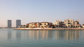 海滨别墅在多哈,卡塔尔 库存照片