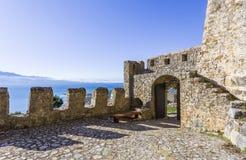 海滨堡垒Nafpaktos,希腊2018年1月05日 免版税图库摄影
