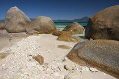 海滩冰砾, Fitzroy海岛 库存照片