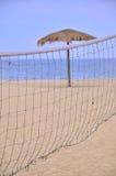 海滩净沙子遮光罩排球 图库摄影