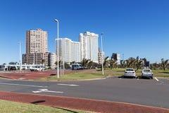 海滩前金黄的英里在德班南非 库存照片