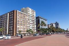 海滩前金黄的英里在德班南非 免版税图库摄影