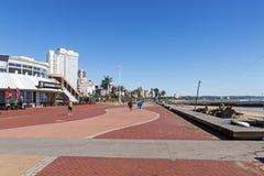 海滩前金黄的英里在德班南非 图库摄影
