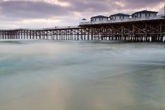 海滩加州水晶和平的码头 免版税库存图片