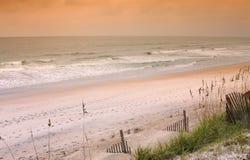 海滩北部卡罗来纳州的早晨 库存照片