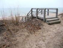 海滩台阶 免版税库存照片