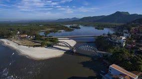 海滩和天堂地方,环球美妙的海滩, Marambaia海滩Restinga,里约热内卢,巴西 库存照片