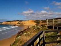 海滩响铃木板走道 库存图片