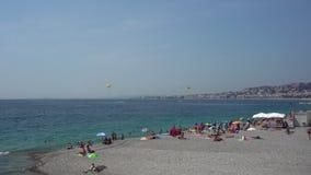 海滩在尼斯在法国 股票视频