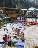 海滩在索伦托意大利 免版税库存照片