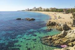 海滩在西班牙在秋天 免版税图库摄影