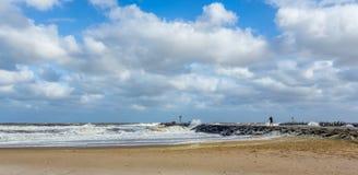 海滩在Manasquan入口的新泽西岸 库存照片