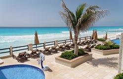 海滩坎昆墨西哥 免版税库存图片