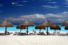 海滩坎昆 免版税库存图片