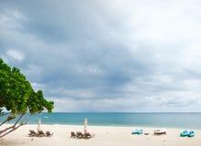 海滩多暴风雨的天气 免版税图库摄影