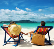 海滩夫妇 免版税图库摄影