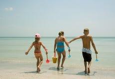 海滩孩子 免版税库存照片