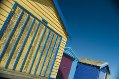 海滩小屋视图 免版税库存照片
