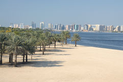 海滩小河迪拜 免版税图库摄影