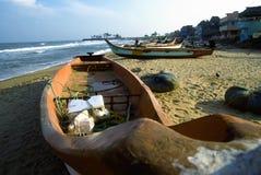 海滩小船渔夫 库存照片