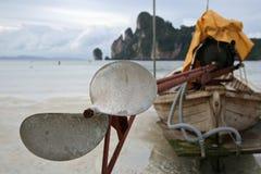 海滩小船详细资料海岛longtail 免版税库存照片