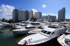 海滩小船迈阿密显示 库存图片