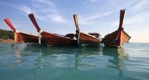 海滩小船longtail泰国传统 图库摄影