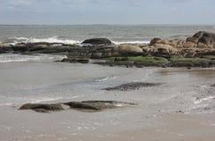 海滩岩石 免版税图库摄影