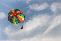 海滩帆伞运动 免版税库存图片