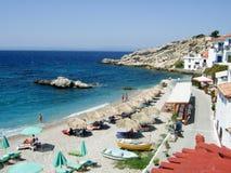海滩希腊kokkari 免版税库存照片
