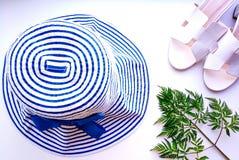 海滩帽子从太阳假期 免版税库存照片