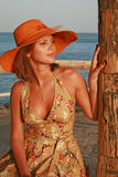海滩帽子妇女 免版税库存照片