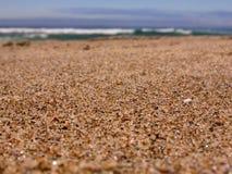 海滩接近的沙子 免版税库存照片