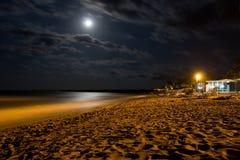 海滩晚上 免版税库存图片