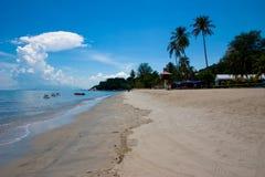 海滩晴朗的槟榔岛 免版税库存照片
