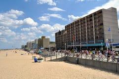 海滩木板走道弗吉尼亚 免版税库存照片