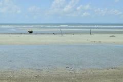 海滩沙子线环境美化 免版税图库摄影