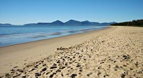 海滩沿海昆士兰场面 免版税库存图片