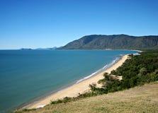海滩沿海昆士兰场面 免版税库存照片