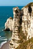 海滩法国岩石的诺曼底 免版税库存照片