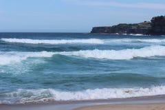 海滩海浪 免版税库存照片