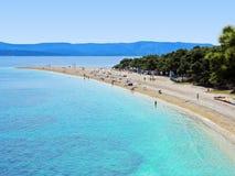 海滩海角克罗地亚金黄汇率zlatni 免版税库存照片