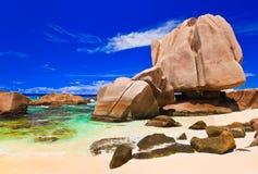 海滩热带的塞舌尔群岛 库存图片
