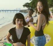 海滩的不同的妇女 库存照片