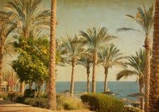 海滩的减速火箭的图象 库存图片