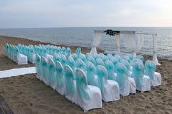 海滩的婚礼地方 库存图片