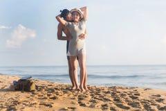海滩的恋人 库存图片