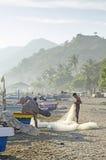 海滩的渔夫在帝力东帝汶 库存图片