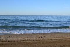 海滩的看法在夏天 免版税图库摄影