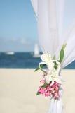 海滩眺望台婚礼 库存图片